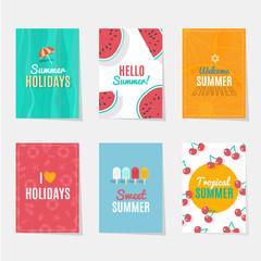 Seis modelos de diferentes tarjetas de verano