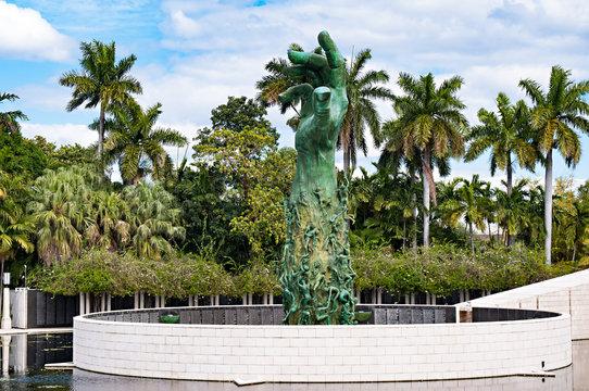 holocaust memorial miami beach