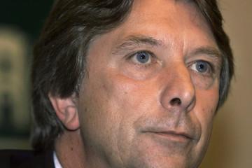 Dutch Agriculture Minister Hajo Apotheker from the centrist D66 party  announces his resignation dur..