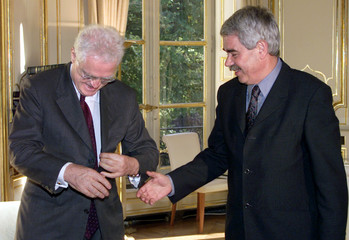 FRENCH PRIME MINISTER JOSPIN AND CATALONIA'S PASQUAL MARAGALL AT MEETING.