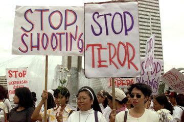A GROUP OF INDONESIANS PROTEST IN JAKARTA.