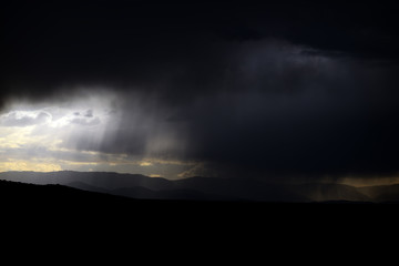 moln,oväder över medelhavet, aten, grekland