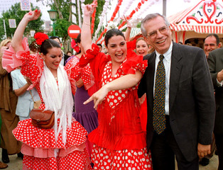 SOCIALIST LEADER BORRELL SMILES WITH FLAMENCO DANCERS.
