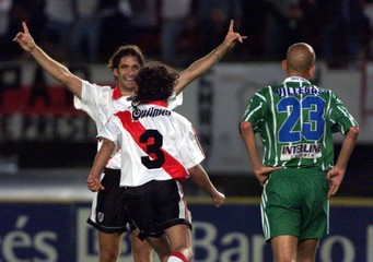 RIVER PLATES SORIN AND PIZZI CELEBRATE THEIR VICTORY OVER ONCE CALDAS.
