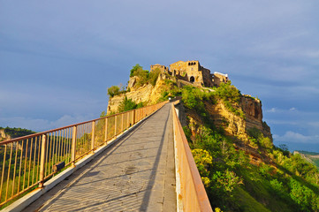 The road leading to the medieval castle town Bagnoregio