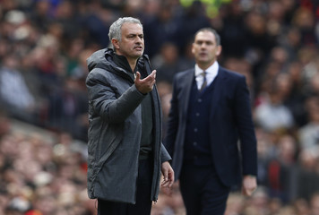 Manchester United manager Jose Mourinho and Swansea City manager Paul Clement