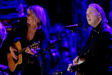 Neil Young performs with wife during benefit dinner for Elton John Aids Foundation in New York