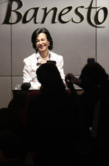 Botin, chairwoman of Spanish bank Banesto, faces photographers before her news conference in Madrid