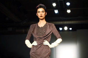 A model presents a creation from the Tagliapietra Fall 2009 collection during New York Fashion Week