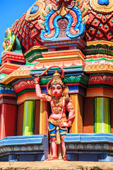 Fotomurales - Colorful carved walls of the Indian temple.