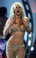 FILE PHOTO OF BRITNEY SPEARS PERFORMING AT MTV AWARDS.