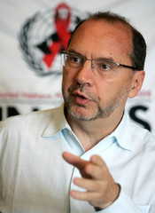 Dr. Peter Piot, Executive Director of the Joint United Nations Programme on HIV/AIDS, speaks during ...
