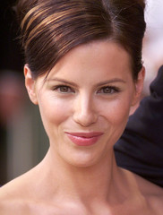 British actress Kate Beckinsale arrives at the U.K Premiere of  Pearl Harbor at the Odeon Leicester ..