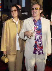 "ACTOR ROBIN WILLIAMS AND WIFE MARSHA ARRIVE AT LOS ANGELES PREMIERE OF""INSOMNIA""."