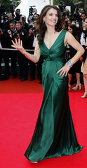 """Actress Ormond arrives on the red carpet before screening of """"Che"""" in Cannes"""