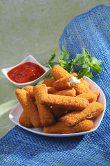Breaded fried cheese fingers with mint & Ketchup