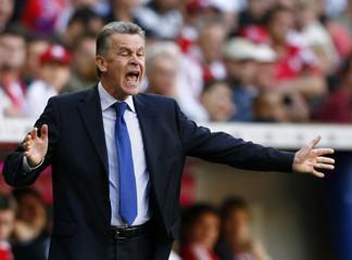 Bayern Munich's coach Ottmar Hitzfeld reacts during the German Bundesliga soccer match against Bayer Leverkusen in Munich