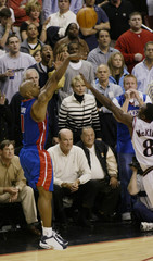 PISTONS BILLUPS SHOOTS THREE POINT BASKET IN OVERTIME WIN OVER SIXERS.