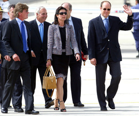 MONACO'S CROWN PRINCE ALBERT AND PRINCESS CAROLINE AND PRINCE ERNST AUGUST ARRIVE AT MADRID'S ...