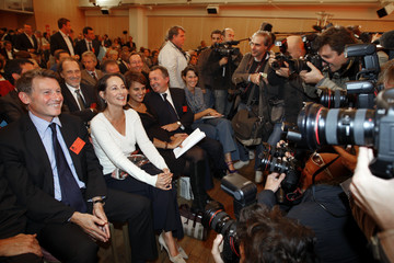 French socialists Peillon and Royal attend a party committee for the leadership of the Socialist party in Paris