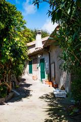 Dans le village de Capalbio en Toscane