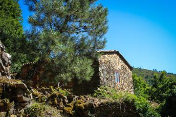 Shale stones house