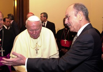 POPE JOHN PAUL MEETS GREEK PRESIDENT IN THE PRESIDENTIAL PALACE IN ATHENS.