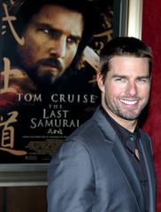 TOM CRUISE ATTENDS 'THE LAST SAMURAI' NEW YORK PREMIERE.