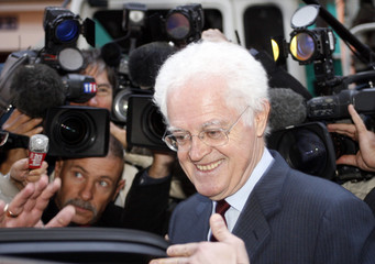France's former Socialist Prime Minister Lionel Jospin leaves the French radio RTL after an interview in Paris