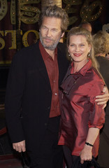 "ACTOR JEFF BRIDGES AND WIFE POSE AT LOS ANGELES PREMIERE OF ""INSOMNIA""."