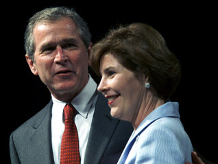 LAURA BUSH JOINED BY HUSBAND AT TRIBUTE.