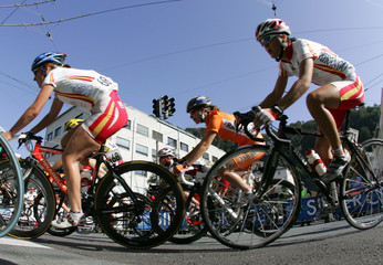 The field of the women's road race takes a turn at the World Road Cycling Championships in Salzburg
