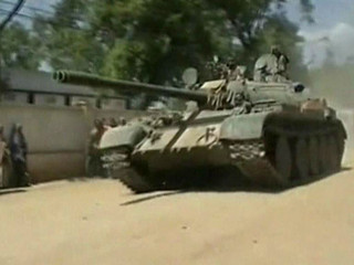 Government troops move into the southern Somali town of Jowhar