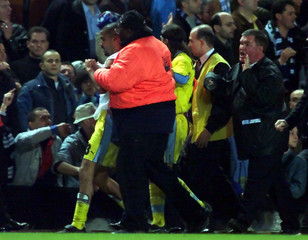 VERON OF LAZIO ESCORTED FROM CHELSEA GROUND.