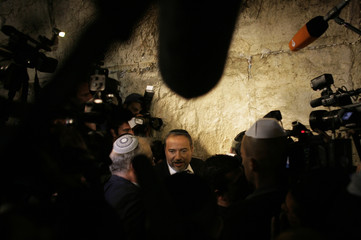 Lieberman, leader of Yisrael Beiteinu party, visits Western Wall in Jerusalem