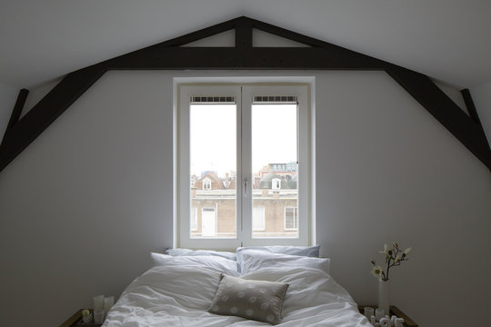 modern white apartment in amsterdam