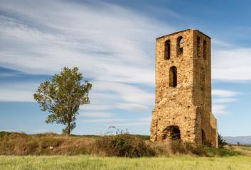 Torre romana de Fresno de la Valduerna, León, España.