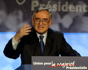 FRENCH PRIME MINISTER RAFFARIN SPEAKS AFTER SECOND ROUND OFPARLIAMENTARY ELECTIONS.