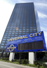 NBC SAID TO BE IN CONTENTION TO PURCHASE VIVENDI UNIVERSALENTERTAINMENT.