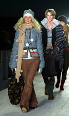 Models walk down the runway at the fall 2005 H&M fashion show in New York City, April 20, 2005...