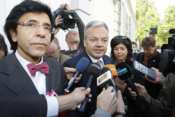 Leaders of Belgian Francophone parties Di Rupo, Reynders and Milquet answer reporters' questions in Brussels
