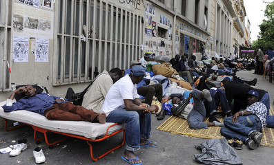 "Unauthorised immigrant workers set up camp in front of the Paris ""Bourse du Travail"" building"