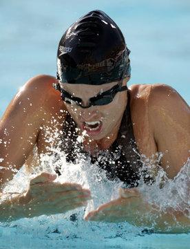 AMANDA BEARD IN ACTION AT US OLYMPIC TRIALS IN LONG BEACH.