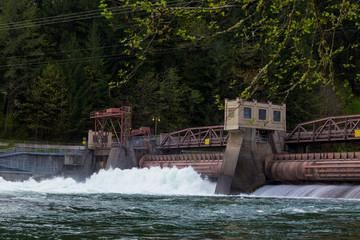 Leaburg Dam Hydroelectric Power
