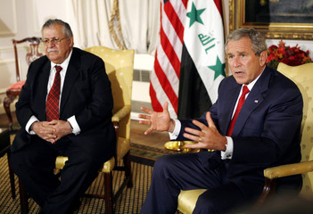 President Bush meets with Iraqi President Talabani in New York