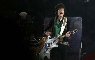Ron Wood performs at Super Bowl XL halftime show in Detroit