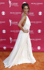 Actress Jennifer Love Hewitt arrives at the 44th Annual Academy of Country Music Awards in Las Vegas