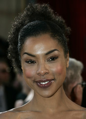 Actress Sophie Okonedo arrives at the 77th annual Academy Awards.