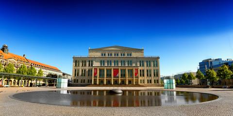 Oper Leipzig sehenswürdigkeit augustusplatz