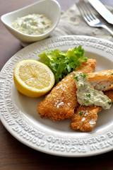 白身魚のフライとタルタルソース/fish fingers and tartar sauce